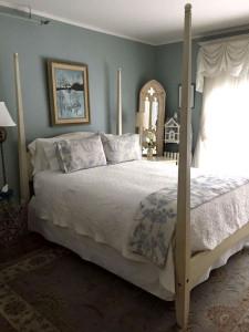 The Tapestry Inn Cami Weinstein