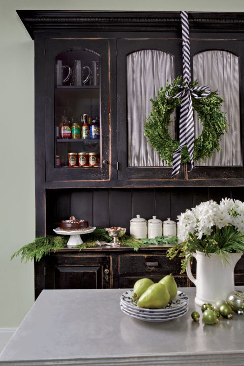 minimalist-holiday-kitchen-decor