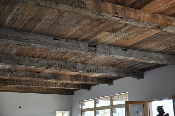 reclaimed-barn-wood-ceiling